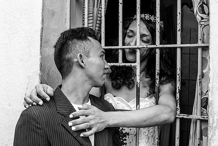 Primeiro casamento gay em uma penitenciária do país ocorreu em 2015 em Cuiabá (MT)