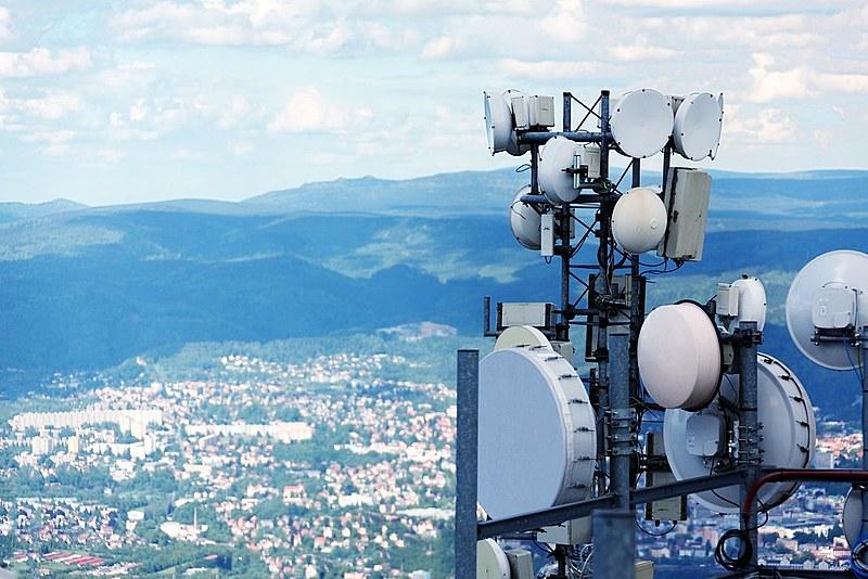 Proposta antecipou em seis anos as alterações dos contratos de concessão para autorização no setor de telecomunicação