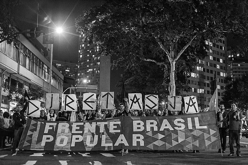Em Belo Horizonte mais de 50 mil pessoas se reuniram para pedir eleições Diretas Já!