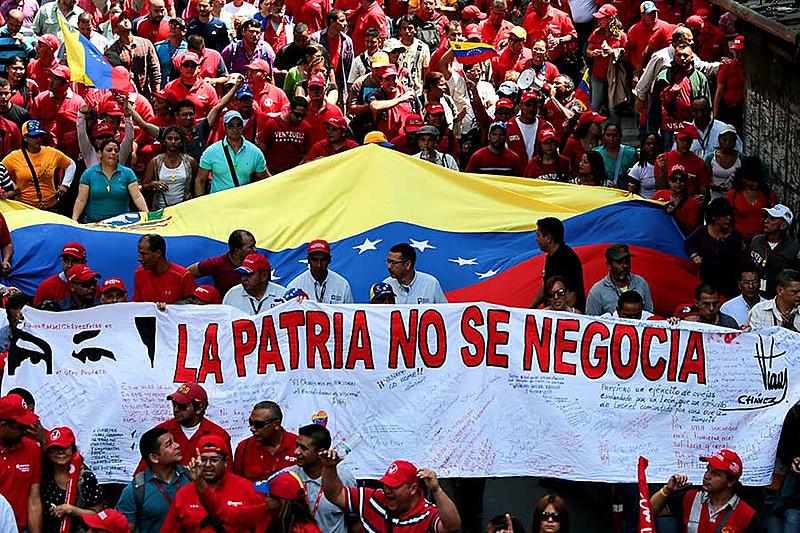 Venezuela caminha como exemplo de país que leva adiante sua revolução nacional, enfrentando o imperialismo estadunidense.