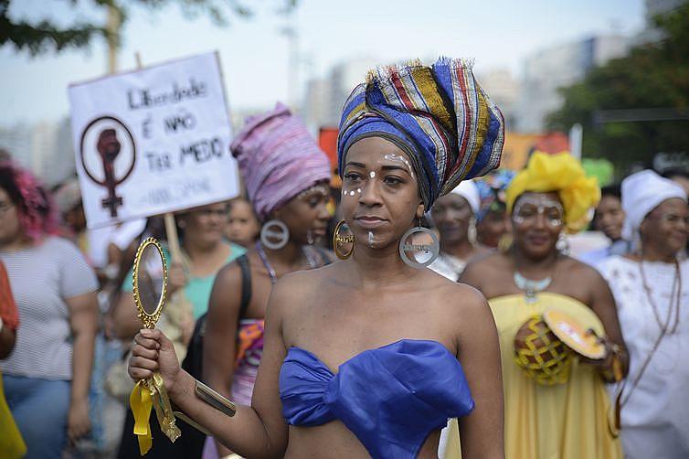 Marcha das Mulheres Negras protesta contra a violência que atinge as mulheres negras em todo o país