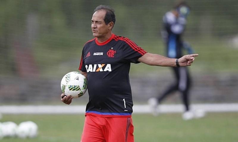 A reciclagem de Muricy Ramalho não está dando certo no Flamengo