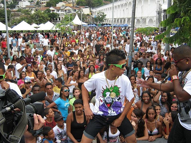 Evento no Aterro promete ser o maior baile funk de todos os tempos