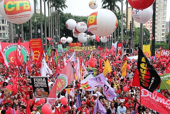 Movimientos sociales de Brasil protestan contra las reformas laborales en São Paulo, el último 15 de marzo