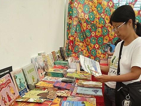 A Feira do Livro da Expressão Popular acontece até domingo (13) no Armazém do Campo-SP