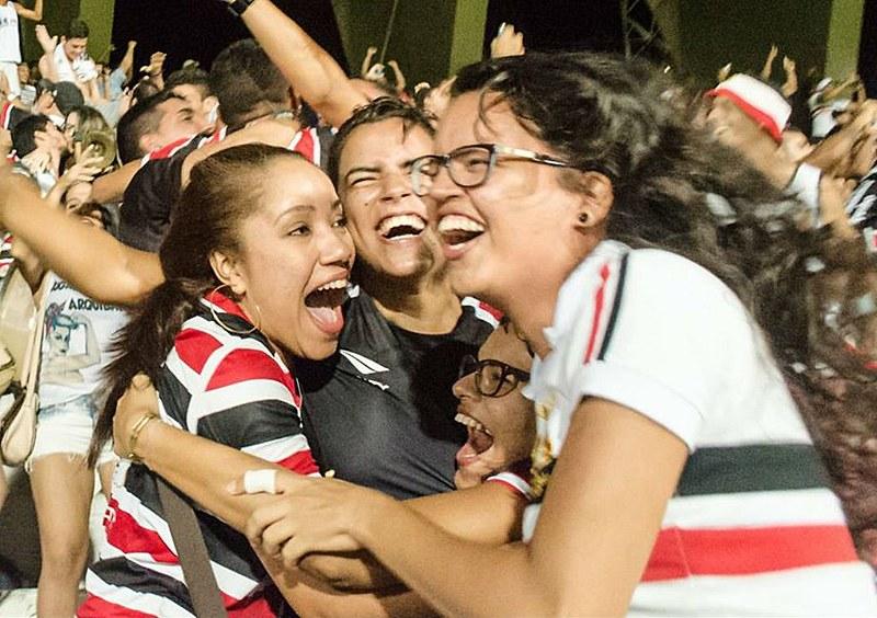 O movimento pautou uma série de melhorias na estrutura dos estádios para acolher as mulheres e fez campanhas vitoriosas contra o machismo