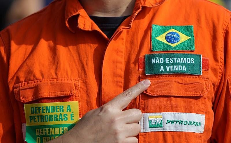 """Relembrar a campanha """"O Petróleo é Nosso"""" é resgatar a luta popular que mudou os rumos do país."""