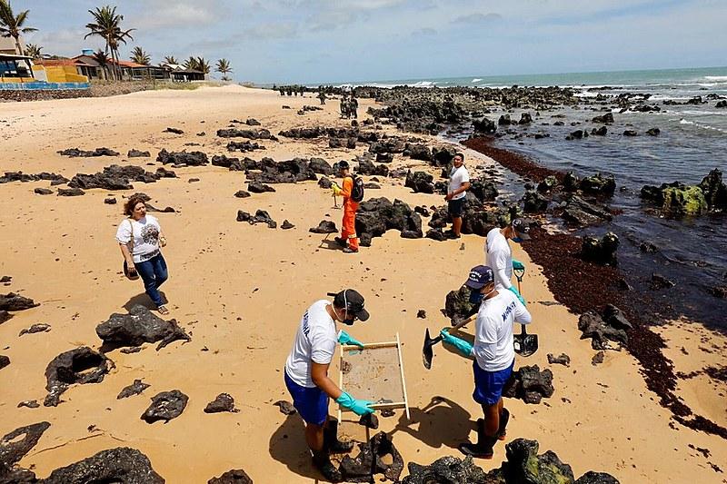 Praia Barra de Tabatinga, no município de Nísia Floresta, foi uma das mais atingidas com as manchas