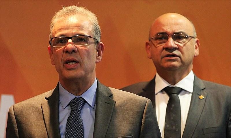 O ministro Beto Albuquerque (primeiro plano) confirmou que o projeto está pronto para ser apresentado