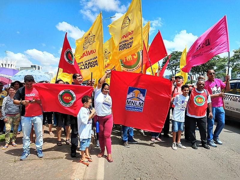 Lideranças populares durante protesto na Esplanada dos Ministérios, em Brasília (DF)
