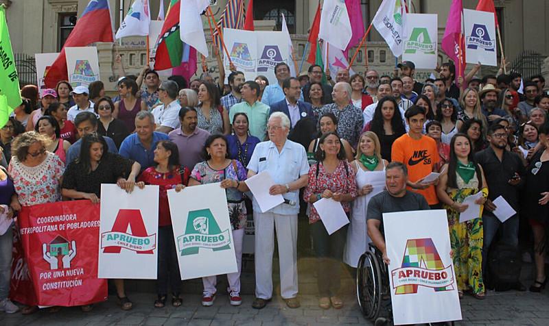 Organizações populares do país e ativistas se mobilizam para o plebiscito constituinte que irá ocorrer em abril