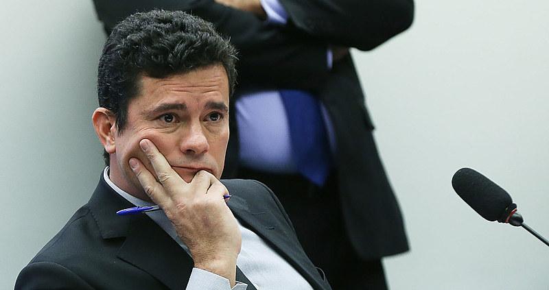 Defesa de petista também pediu ao TRF o afastamento de Moro da condução de casos