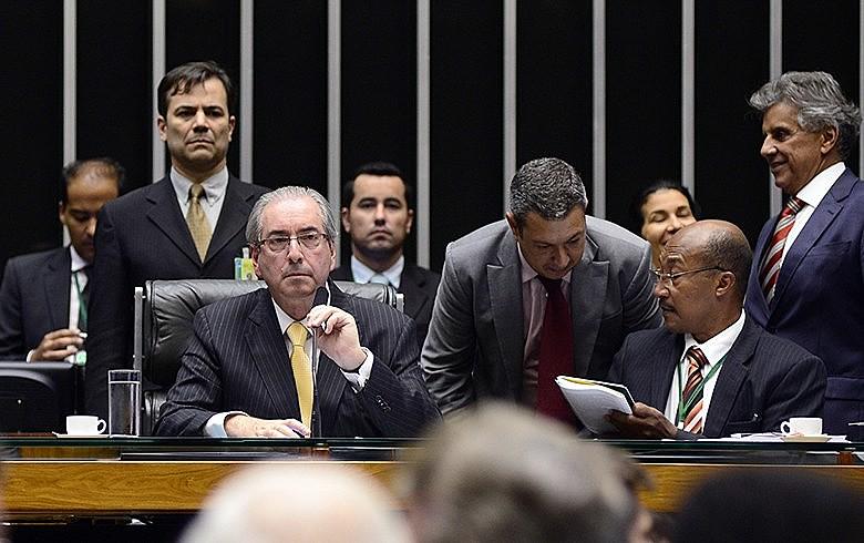 Com parlamentarismo, Brasil seria governado pelo mesmo Congresso que elegeu Eduardo Cunha