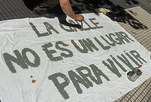 O dirigente argentino Rafael Klejzer afirmou que os dados apresentados pelo governo estão equivocados e criticou situação dos albergues