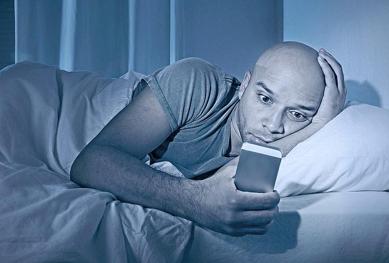 Notícias falsas são um fenômeno restrito às redes sociais ou também estão presentes nas mídias tradicionais?