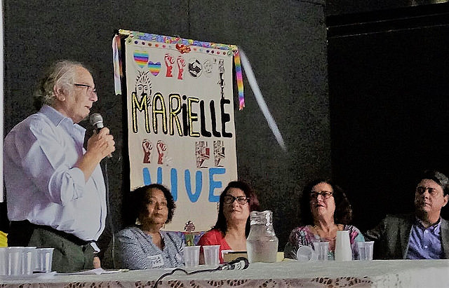 Nobel laureate Adolfo Pérez Esquivel while visiting Maré Museum in Rio de Janeiro