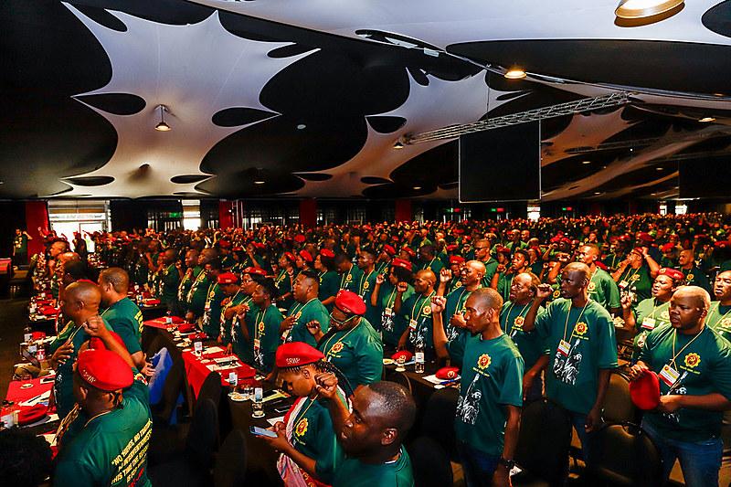 Delegados no congresso de lançamento do Partido Revolucionário Socialista dos Trabalhadores da África do Sul