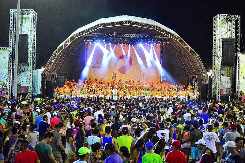 A programação do ciclo carnavalesco acontece em 12 polos da capital cearense