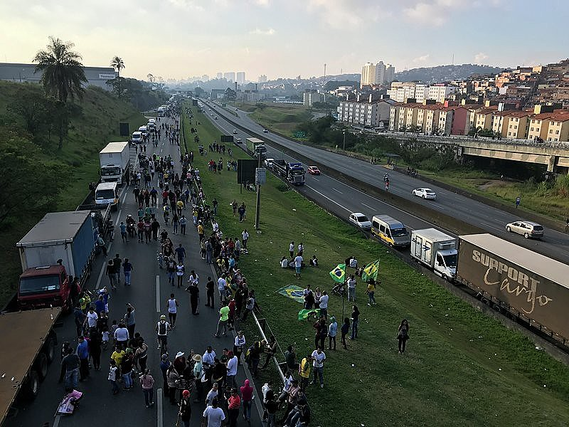 Greve dos caminhoneiros, via Anchieta próximo da entrada para o Rodonel. São Bernardo do Campo, SP. 27 de maio de 2018