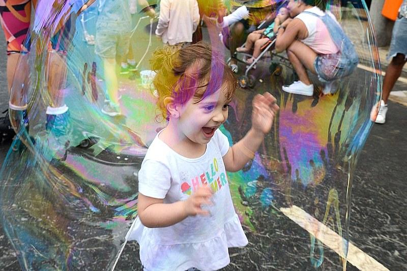 Brincar é um direito da criança assegurado pelo Estatuto da Criança e do Adolescente (ECA)