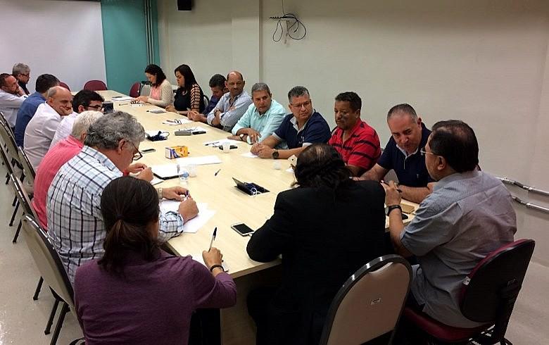 Participaram da reunião CGTB, CSP-Conlutas, CTB, CUT, Força, Intersindical, Nova Central e UGT