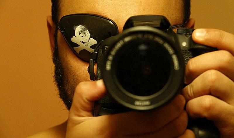 Ele continuou atuando como fotógrafo e cobrindo manifestações e a causa social
