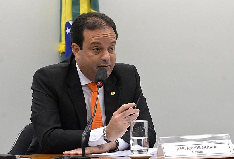 André Moura (PSC) é o novo líder do governo na Câmara, deputado do Partido Social Cristão (PSC)