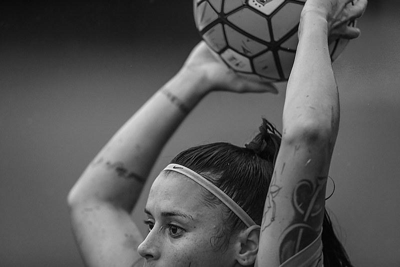 """""""Em BH, somente o América possui time profissional, e são as atuais bicampeãs da Copa BH de Futebol Feminino"""""""