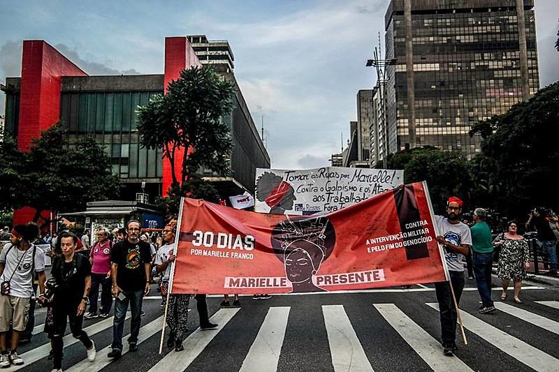Marcha de Luta por Marielle Franco na avenida Paulista reuniu centenas de manifestantes em abril