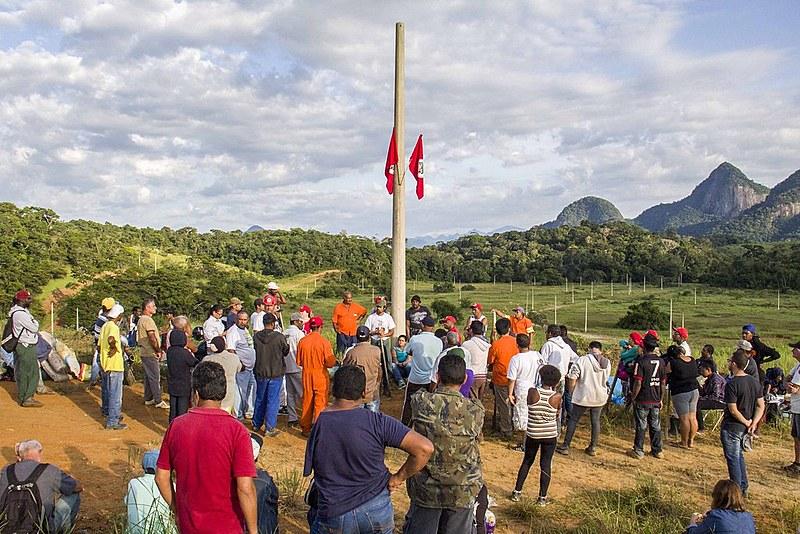 Famílias do acampamento Edson Nogueira se reúnem em assembleia