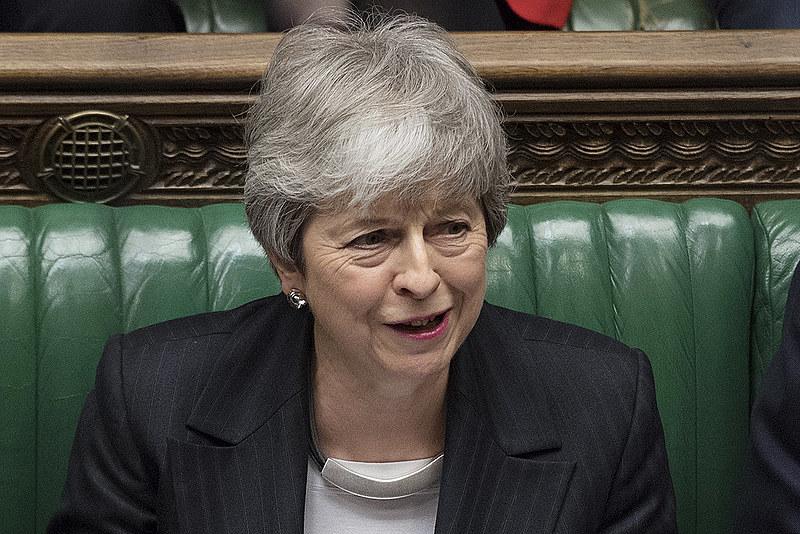 May enfrenta pressões do Parlameto britânico desde que o Brexit foi aprovado, em junho de 2016