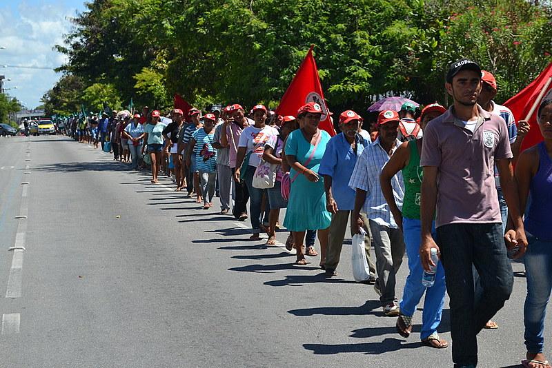 Marcha durante a Jornada Nacional de Lutas em Defesa da Reforma Agrária, em 2015