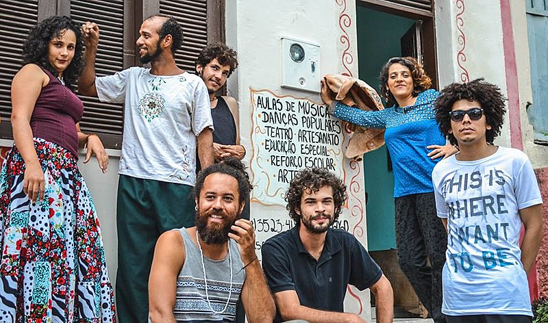 A banda cearense Sol na Macambira também faz parte da programação