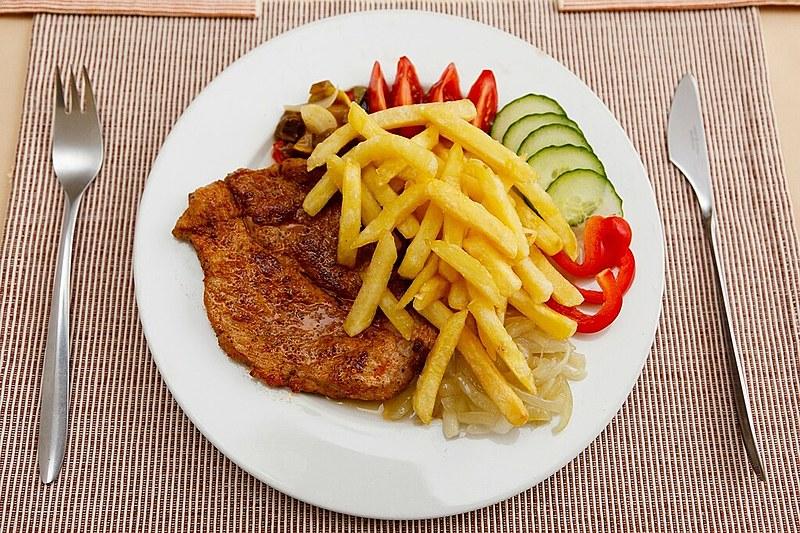 Prato de comida: para poder comer uma tigela de feijão cozido, um malauiano precisa gastar 41% da sua renda diária; um sueco gasta 0,41%