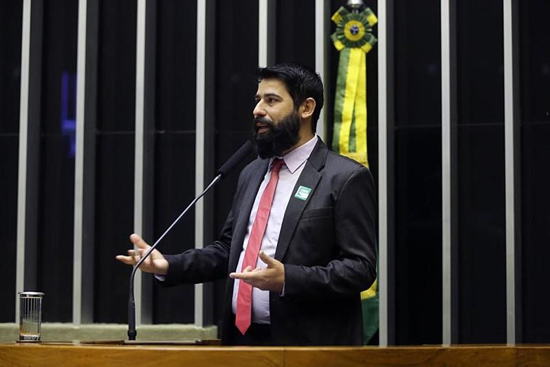Herbert Claros, do Sindicato dos Metalúrgicos de São José dos Campos, defendeu realização de plebiscito sobre fusão da Embraer com a Boeing