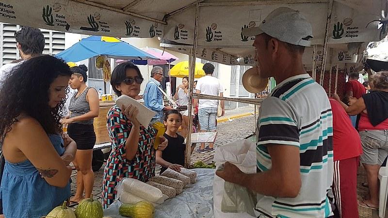 Objetivo da feira é levar debate da reforma agrária à população