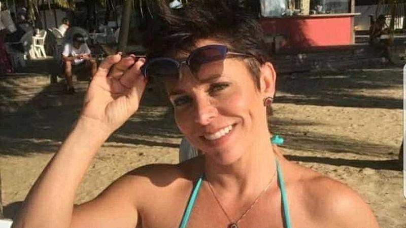 Vídeo na praia se defendendo de processo trabalhista foi a última polêmica envolvendo a deputada