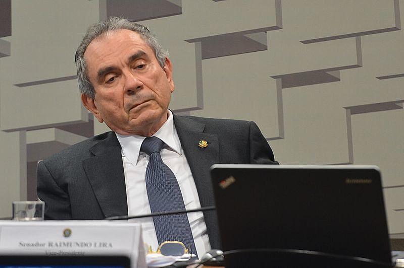 """Raimundo Lira (PMDB-PB): """"Era razoável que a defesa trabalhasse com a expectativa de direito baseado no prazo processual de 1992"""""""