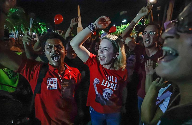 Presidenta do PT, a senadora Gleisi Hoffmann é a principal porta-voz de Lula, preso há mais de dois meses em Curitiba