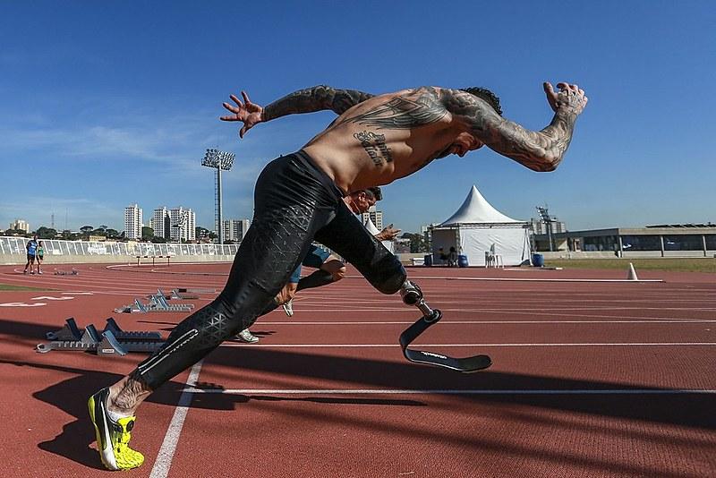 Daniel Martins, do atletismo, é o único na categoria a correr 100m em menos de 12 segundos