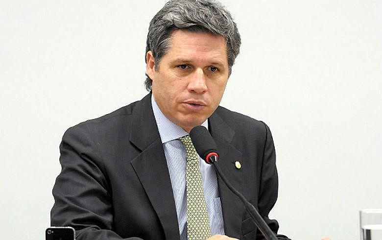 Paulo Teixeira denuncia 'pacote de maldades' e pede para que eleitor não vote em candidatos que apoiam Temer