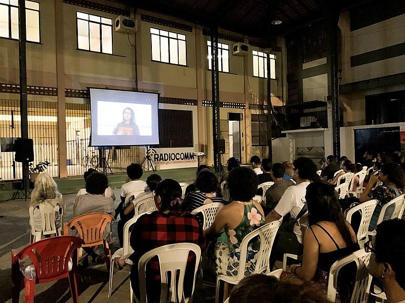 Cerca de 150 pessoas da comunidade participaram do lançamento do evento, que também vai desenvolver atividades em escolas da comunidade.