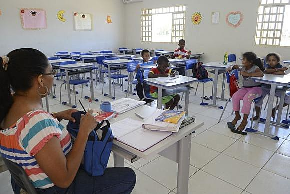Relatório da Unesco diz que Brasil ainda não vê educação como forma de qualificação de vida das pessoas