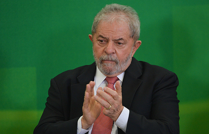 Por meio do Telegram, Dallagnol acionava o informante Roberto Leonel, então a cargo da área de inteligência da Receita Federal em Curitiba.