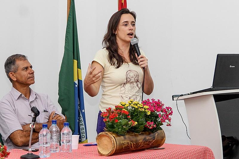A chef Bel Coelho participou do seminário 'Experiências de promoção da agrobiodiversidade', durante a Feira Nacional da Reforma Agrária