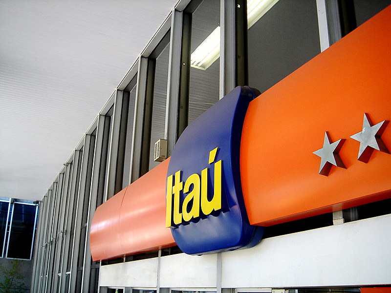 Fachada do banco Itaú na avenida Paulista, em São Paulo