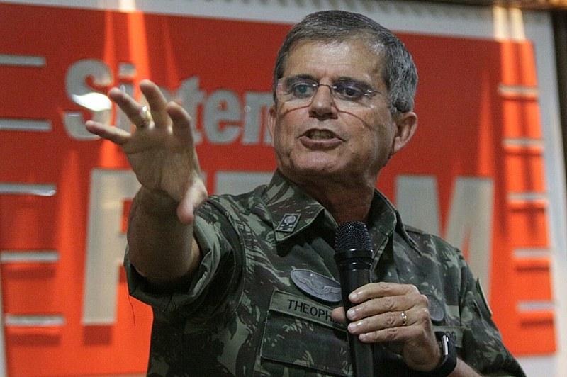 General da reserva Guilherme Theóphilo, saudosista da ditadura, comanda a Secretaria Nacional da Segurança Pública