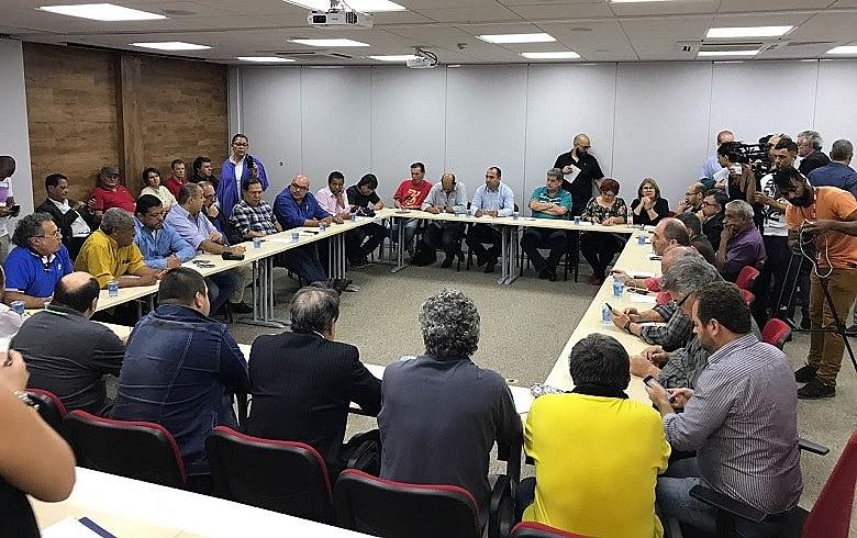 Em reunião, centrais aprovaram calendário que prevê atividades em Brasília já na próxima semana