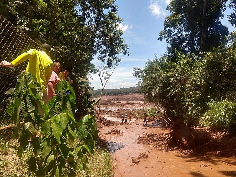 Duas barragens da Vale romperam nesta sexta (25) em Brumadinho (MG)