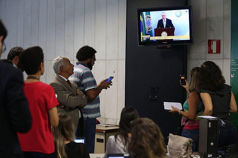 Dueños de la empresa JBS habrían grabado el momento en que el presidente dio el aval para comprar a Eduardo Cunha.